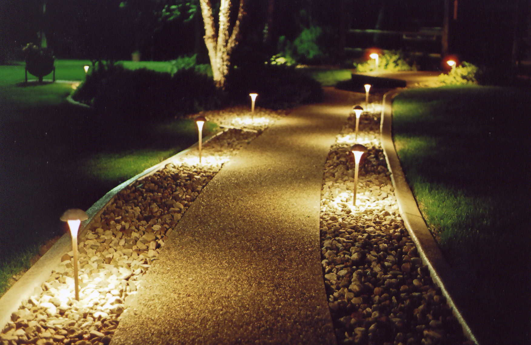 Path and Garden Lighting Sarasota FL